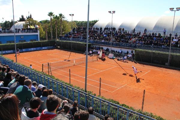 Circolo Tennis Maglie (Lecce) - campo coperto  terra battuta clay argilla